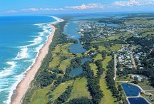 Australian Golf / With Australia being a diverse and spectacular country itself, Australia's golf courses follow suit and offer amazing locations to try and lower your handicap.