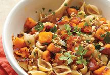 Fall and Winter Dinner Ideas / yummy comfort food / by Lorie Rowland