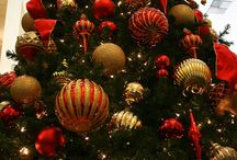 Can I trim your tree?  / Ideas for the major holidays  / by Jardyne Parker