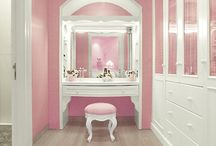 Walking closet / Dressing table / Big dream