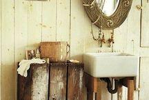 salle bain / by Hélène Samson