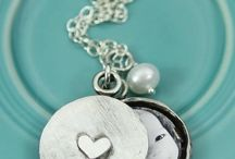 Christian Jewelry for Moms / Faith-Based Inspirational Christian Jewelry for Moms