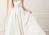 Wedding dresses / by Donna Abamonte