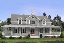 Farmhouse / Farmhouse floor plans / by Jennifer Sweat