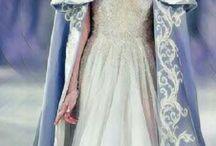 vestido com capas
