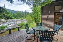 Best Decks for Summer Vacation / Check out our favorite riverside decks at Mt Hood Vacation Rentals! Gas BBQs, patio furniture, hot tubs, awesome views. #mthood #vacationrentals #riverfront http://www.mthoodrentals.com/riverfront-rentals