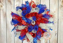Deco Mesh Wreaths / by Valerie Lawson Janney
