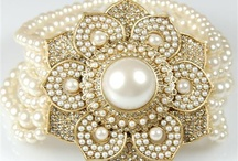 P E A R L / Miss Cufflinks - online store specializing in cufflinks for ladies. www.misscufflinks.com