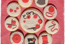 """Kit-galletas de costura """"Coso, luego existo"""" / Galetes de costura. Sewing Cookies"""