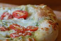 Pizza Pizza! / by Novira Camelia