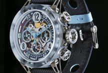 BRM - Les extras légères / De l'excellence du détail naît la performance ...  Reconnue pour ses modèles emblématiques, l'unique manufacture française révolutionne une fois encore le monde des montres et présente en exclusivité des montres battant des records du monde de légèreté.