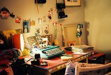 Workspaces / Desks, workspaces, and ideas for organization.
