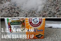 Carpet Cleaning and Maintenance / Check out these great #DIYHacks to get rid of stains in your carpet or rug! #BlackstoneCarpets