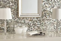 Inspiration: Pearl, lustre, opalescent, iridescent. Ideas for tiles, bathrooms and interior design. / Inspiration for your lustre, opalescent and iridescent projects. Bathroom, kitchen, tile interior design ideas. Visit us at ROCCIA to assist you in creating your dream room. www.roccia.com