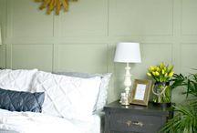 decoracion habitacion niña adolescente ( 17 añ0s), con  guias colgantes de flores de papel (origami)