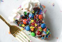 Ice Cream and Frozen Treats / ice cream recipes, ice cream cake recipes, popsicle recipes, icebox cake recipes, frozen dessert recipes