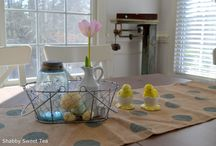 Easter Decorating Ideas / Easter Spring Decorating Ideas, Easter Tablescape, Easter Bunny, Easter Egg