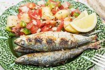 Food / De recepten die hier je vindt zijn een greep van de smaken die ik als kind leerde proeven op het platteland van Portugal en die ik onderweg tegen kom tijdens mijn reizen. Gemaakt van pure ingrediënten, hoe verser hoe beter, met hier en daar een eigen variatie en vooral veel tips.
