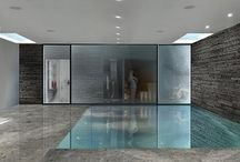 Moving Floor Swimming Pool / London Technologypools Company designed a swimming pool with a moving floor that can be set at different levels in the water.
