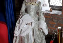 Golden Ages of Style: Tudor