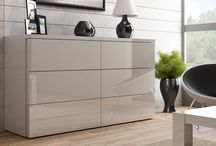 Interior_beige / Połączenie drewna z nasyconymi dodatkami