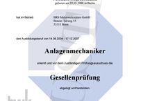 www.etwas.info HWK Gesellenbrief online kaufen, Gesellenprüfung · Urkunde · Zertifikat · Zeugnis. / HWK Gesellenbriefe kaufen, Facharbeiterbrief, Geselle, Zeugnis, Urkunde · Gesellenprüfung · Geselle · Facharbeiterbrief · IHK-Prüfungszeugnis · Handwerksordnung · Meisterschule · Meisterbrief · Kleiner Gesellenbrief, IHK Meister Metall, IHK Weiterbildung, Betriebswirt IHK, Handelsfachwirt IHK, IHK Kurse, IHK Ausbildung, IHK Bilanzbuchhalter, IHK Ausbilderschein, IHK Handelskammer, Industriemeister, Weiterbildung. Gesellenbrief kaufen, Lehrbrief kaufen, Facharbeiterbrief kaufen. www.etwas.info