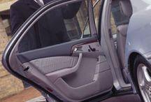 Masini de inchiriat / Lista noastra de masini pentru inchiriat se adreseaza tuturor clientilor, de la cei care doresc o masina mica de oras, pana la cei ce doresc un microbus de 8+1 locuri. Toate masinile noastre sunt dotate cu ABS, aer conditionat si airbaguri pentru confortul si siguranta dumneavoastra.