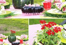 Summer table scapes