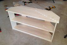 Mesa esquinero televisión / De madera