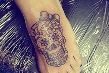 Sugar Skull Obsessed ❤ / by Amanda Leigh
