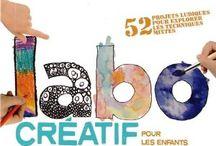 Ateliers créatifs enfants / Des projets d'arts plastiques et ludiques à réaliser avec des enfants de tout âge. Découverte d'une multitude de techniques pour aborder le dessin, la peinture, la gravure et l'impression, le travail du papier ou encore les techniques mixtes, à travers des exercices orginaux. Les enfants apprendront par exemple à faire des dessins à la gomme, des peintures au sel et à l'aquarelle, à graver sur gélatine, à réaliser des impressions au pochoir, des tampons en mousse ou encore du papier texturé.