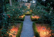 Lighted Minneapolis Landscapes / Lighted landscaping inspiration from Minneapolis, Minnesota and around the world.