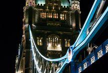 Építészet / Tower Bridge kivilágítva