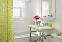 Bathrooms / by mochalandy