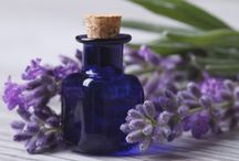 LAVANDA - O RESCUE DA AROMATERAPIA / A Lavanda é considerada como a planta parteira da Aromaterapia, para muitas pessoas, é ela que  abre o universo aromático, e provoca o  despertar da alma para a Aromaterapia.