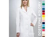 Fartuch medyczny damski / Fartuchy dla lekarzy, pielęgniarek, farmaceutów i kosmetyczek. Sprzedawane przez nas ubrania są nie tylko praktyczne, ale eleganckie i wygodne.