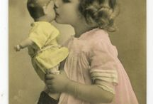 Vintage Dolly Pictures / Old photos of dolls with children and others