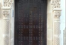 Enter Morocco... / Pics of doors, archwats and entrances photographed in 7 cities in Morocco