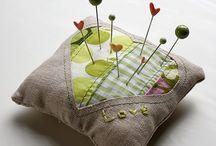 Pin Cushions / Pin cushions