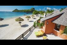 Vacation Room for Rent / Vacation room for rent are priced across a broad stratus and enable travelers from various economical background to stay at pretty much any location around the world whether its a villa in Spain or a luxury apartment in London. http://youtu.be/s3dnHiRYG7Q