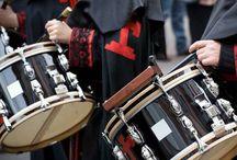 Fiestas y Celebraciones populares / Alcalá del Júcar tiene varias celebraciones populares que forman parte de la cultura del lugar y que tanto locales y turistas disfrutan cada año.