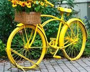 rower w ogrodzie