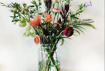 De bloemetjes binnen zetten / Boeketten voor in huis