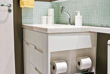 Gabinete Banheiro Lateral com Objetos
