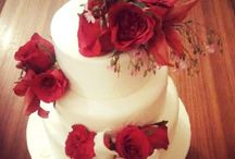 Wedding Cakes Delhi & Gurgaon / We work with couples individually to customize their wedding cakes to match the taste, theme or decor of the wedding. We create elegant and delicious cakes for your special day. You can choose your flavours, filling and frostings and we shall take care of the rest.