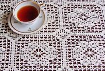 Margo crochet linen tablecloth