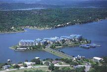 Holiday villa rental on Lake Travis