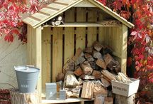 Coppice Log Store / The Coppice Log Store is the perfect size for a small wood burner or ready use wood store with a strong, built-in shelf for the storage of kindling or equipment.