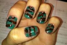 Nails / by Bailie Bonnichsen