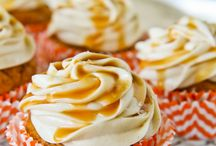 Food-Cupcakes / by Caty Perakis